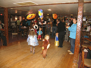Halloween, Costume Parade with Prizes!!!, & Finale Weekend @ Gavin's Irish Country Inn
